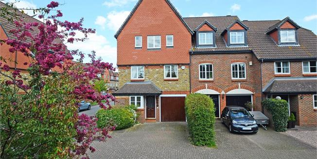 £2,750 per Calendar Month, 4 Bedroom Town House To Rent in Cobham, KT11