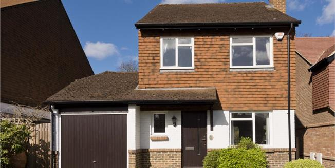 £2,100 per Calendar Month, 3 Bedroom Detached House To Rent in Cobham, KT11