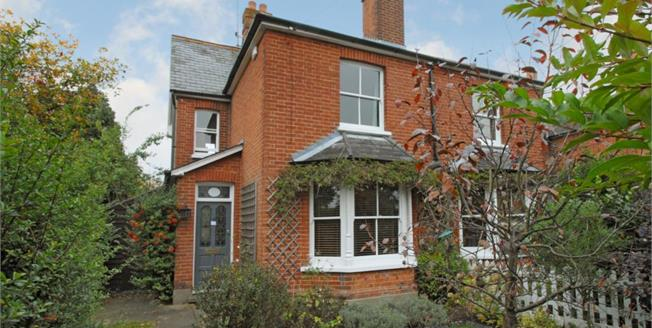 £1,995 per Calendar Month, 2 Bedroom Semi Detached House To Rent in Cobham, KT11