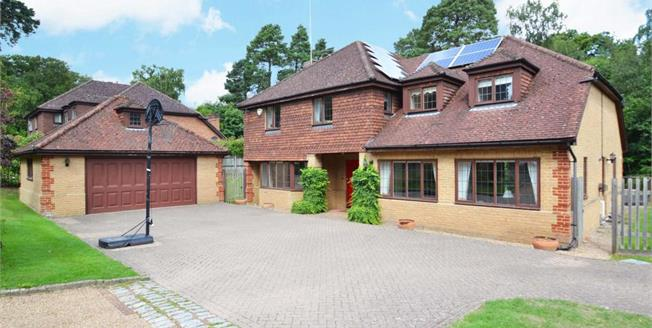 £4,999 per Calendar Month, 5 Bedroom Detached House To Rent in Cobham, KT11