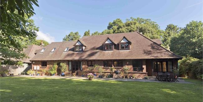 £3,250 per Calendar Month, 5 Bedroom Detached House To Rent in Oxshott, KT22