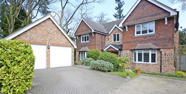 £5,950 per Calendar Month, 5 Bedroom Detached House To Rent in Esher, KT10