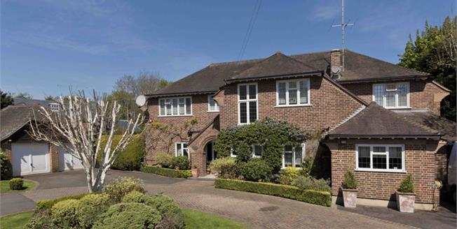 £8,500 per Calendar Month, 5 Bedroom Detached House To Rent in Esher, KT10