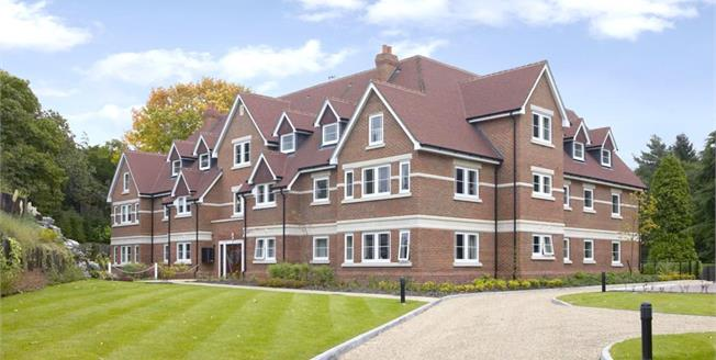 £2,550 per Calendar Month, 2 Bedroom Apartment To Rent in Esher, KT10