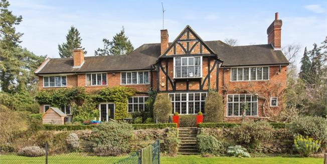 £5,495 per Calendar Month, 6 Bedroom Detached House To Rent in Weybridge, KT13