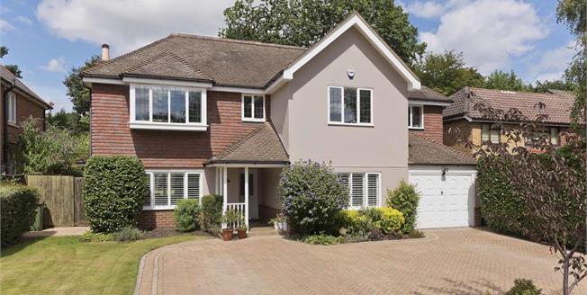 £4,500 per Calendar Month, 5 Bedroom Detached House To Rent in Hersham, KT12