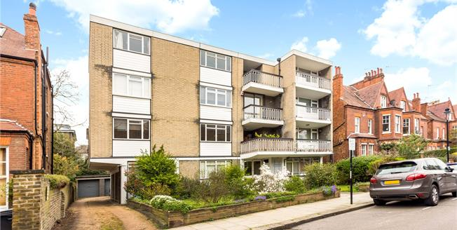 Asking Price £675,000, 2 Bedroom Flat For Sale in NW3