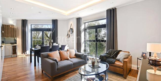 Asking Price £899,000, 2 Bedroom Flat For Sale in N10