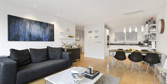 Asking Price £799,999, 2 Bedroom Flat For Sale in NW6