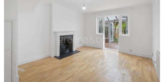 £1,600 per Calendar Month, 2 Bedroom House To Rent in London, N10