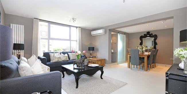 £4,983 per Calendar Month, 3 Bedroom Flat To Rent in London, NW8
