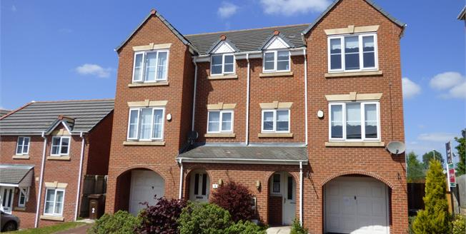 Asking Price £120,000, 3 Bedroom Town House For Sale in Liverpool, L20
