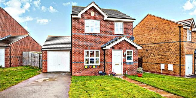 Offers Over £170,000, 3 Bedroom Detached House For Sale in Prenton, CH43
