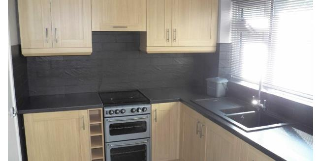 £545 per Calendar Month, 2 Bedroom House To Rent in Swansea, SA8