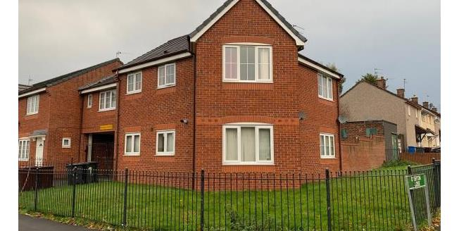 Guide Price £45,000, 2 Bedroom Semi Detached House For Sale in L32