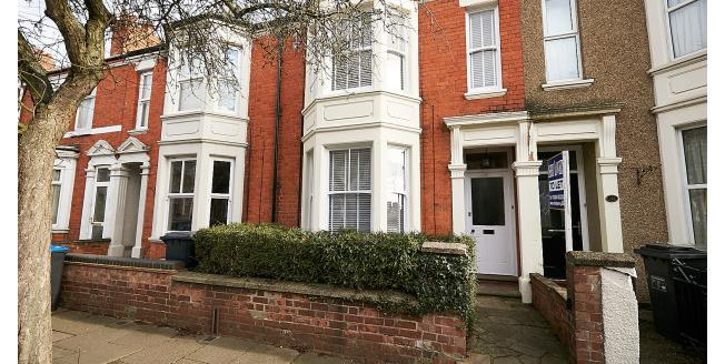£1,200 per Calendar Month, 4 Bedroom House To Rent in Northampton, NN2