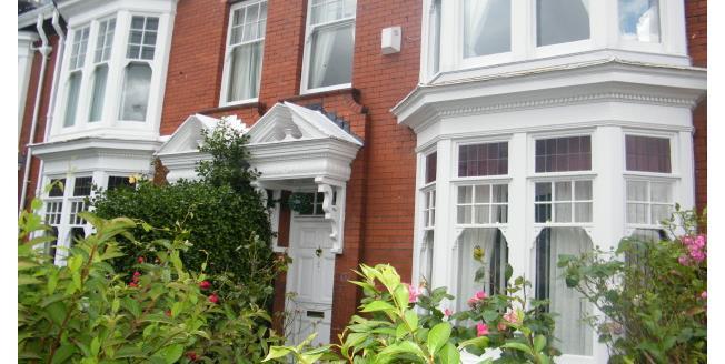 £950 per Calendar Month, 6 Bedroom Terraced House To Rent in Sunderland, SR2