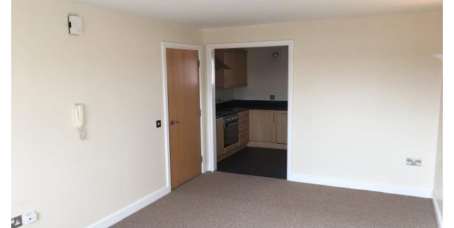 £425 per Calendar Month, 3 Bedroom Apartment To Rent in Darlington, DL1