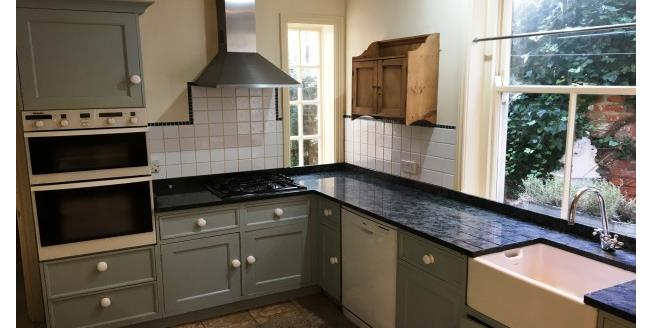 £850 per Calendar Month, 4 Bedroom To Rent in Darlington, DL3