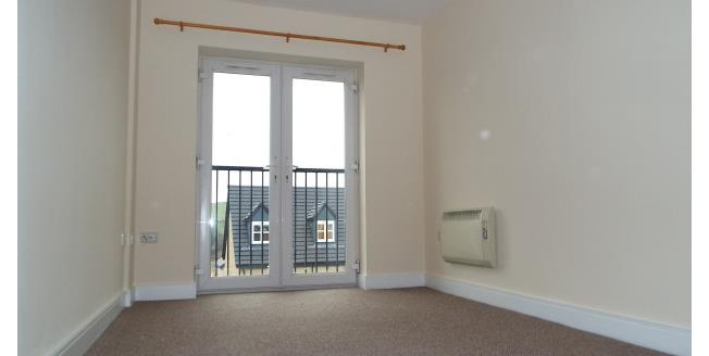 £400 per Calendar Month, 2 Bedroom Apartment To Rent in Denholme, BD13