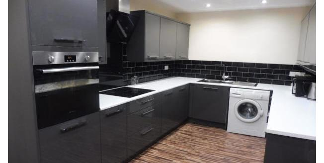 £500 per Calendar Month, 4 Bedroom Ground Flat Apartment To Rent in Stockton-on-Tees, TS18