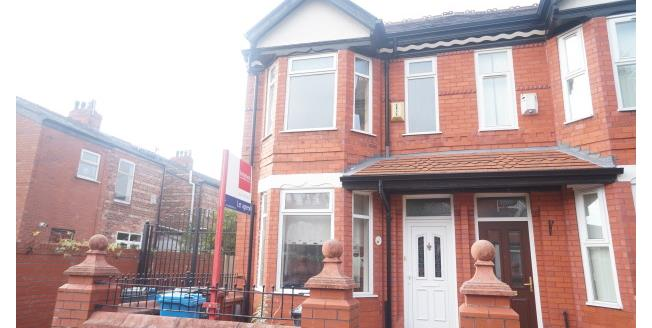 £700 per Calendar Month, 3 Bedroom Semi Detached House To Rent in Manchester, M14