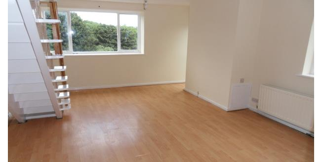 £350 per Calendar Month, 2 Bedroom Maisonette Apartment To Rent in North Shields, NE29