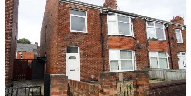 £450 per Calendar Month, 2 Bedroom Flat To Rent in North Shields, NE29