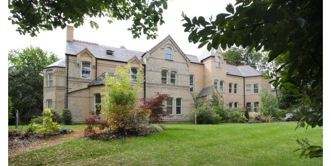 £3,500 per Calendar Month, 3 Bedroom Apartment To Rent in Altrincham, WA14