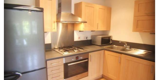 £550 per Calendar Month, 1 Bedroom Flat To Rent in Wakefield, WF1