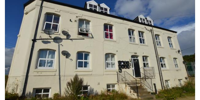 £450 per Calendar Month, 2 Bedroom Apartment To Rent in Streethouse, WF7