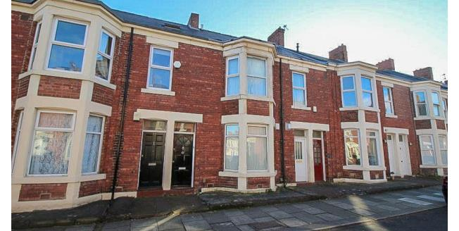 £1,100 per Calendar Month, 5 Bedroom Flat To Rent in Newcastle upon Tyne, NE6