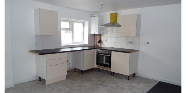 £500 per Calendar Month, 2 Bedroom Flat To Rent in Stoke-on-Trent, ST6