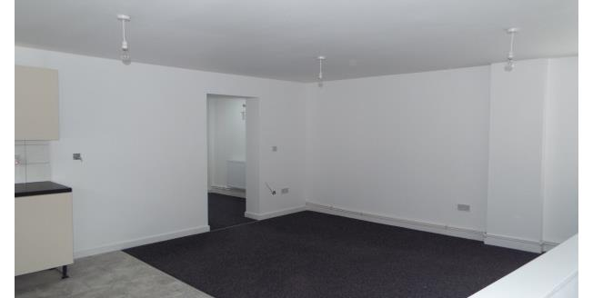 £450 per Calendar Month, 2 Bedroom Flat To Rent in Stoke-on-Trent, ST6