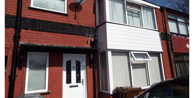 £650 per Calendar Month, 3 Bedroom Terraced House To Rent in Whitefield, M45
