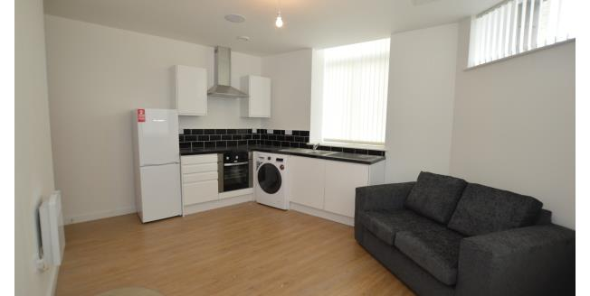 £450 per Calendar Month, 2 Bedroom Apartment To Rent in Bradford, BD1