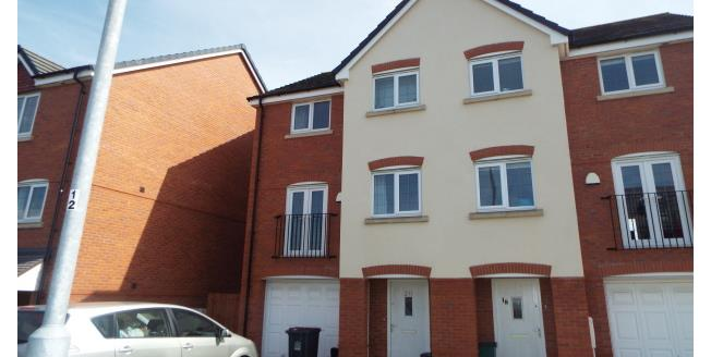 £1,100 per Calendar Month, 4 Bedroom Semi Detached House To Rent in Newcastle, ST5