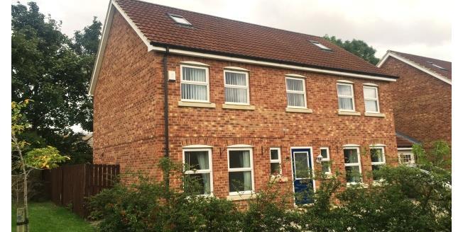 £1,000 per Calendar Month, 5 Bedroom Link Detached House To Rent in Dalton, YO7