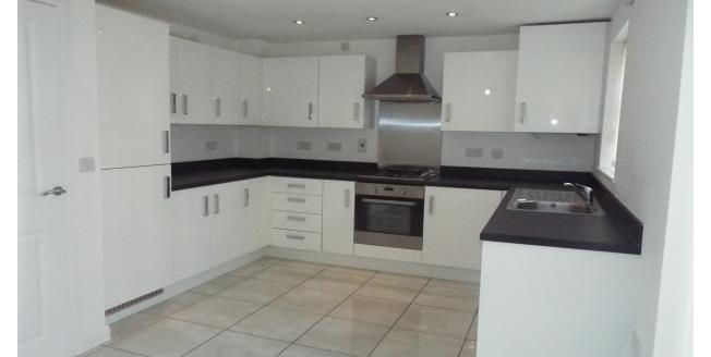 £800 per Calendar Month, 3 Bedroom Mews House To Rent in Great Sankey, WA5