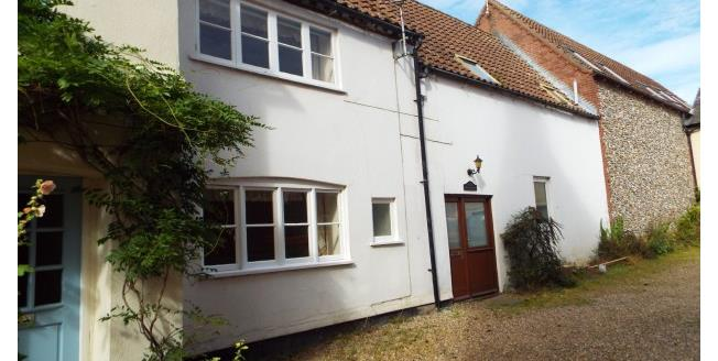 £695 per Calendar Month, 3 Bedroom Cottage House To Rent in Holt, NR25