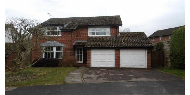 £1,895 per Calendar Month, 4 Bedroom House To Rent in Hook, RG27