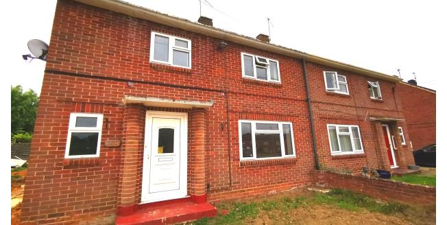 £1,375 per Calendar Month, 3 Bedroom House To Rent in Hartley Wintney, RG27