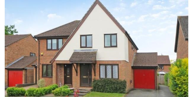 £1,295 per Calendar Month, 3 Bedroom Semi Detached House To Rent in Fleet, GU51