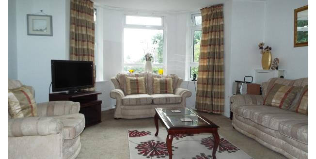 £1,100 per Calendar Month, 1 Bedroom Apartment To Rent in Woking, GU22