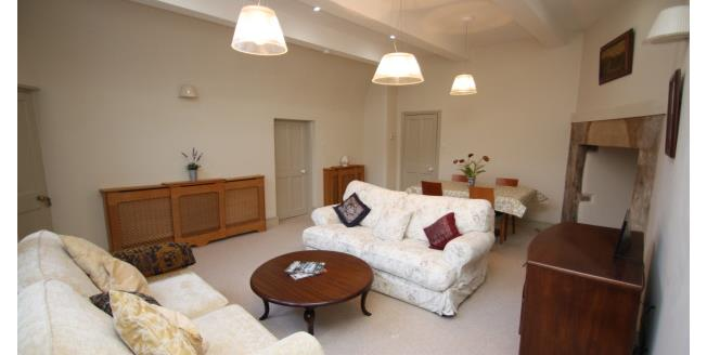 £1,495 per Calendar Month, 2 Bedroom Apartment To Rent in Bath, BA1