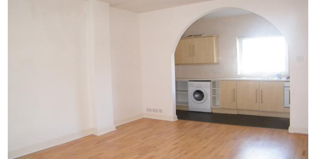 £425 per Calendar Month, 1 Bedroom Flat To Rent in Southport, PR9