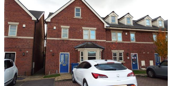£1,200 per Calendar Month, 5 Bedroom Detached House To Rent in Paddington, WA1