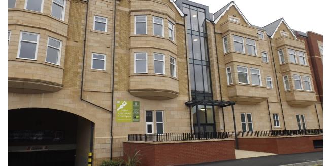 £750 per Calendar Month, 2 Bedroom Apartment To Rent in Lytham St. Annes, FY8