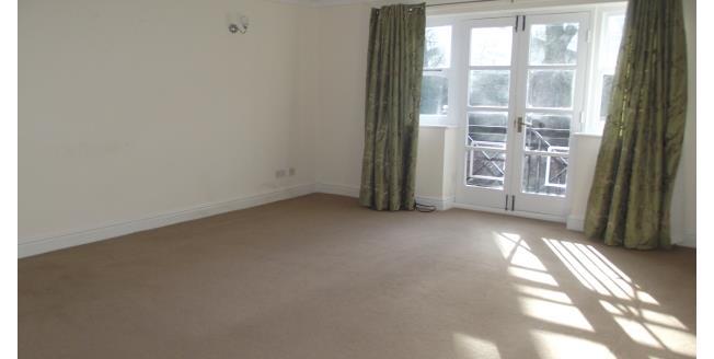 £550 per Calendar Month, 2 Bedroom Apartment To Rent in Liverpool, L17