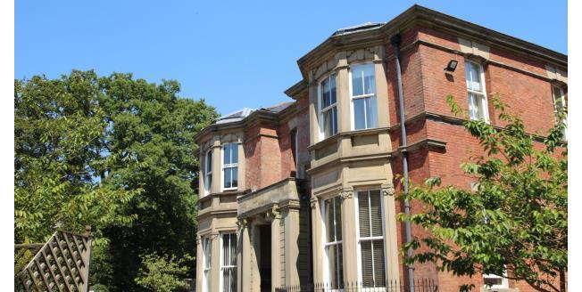 £650 per Calendar Month, 2 Bedroom Apartment To Rent in Blackburn, BB1